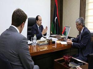 سفير المملكة المتحدة لدى ليبيا السيد بيتر ميلت،